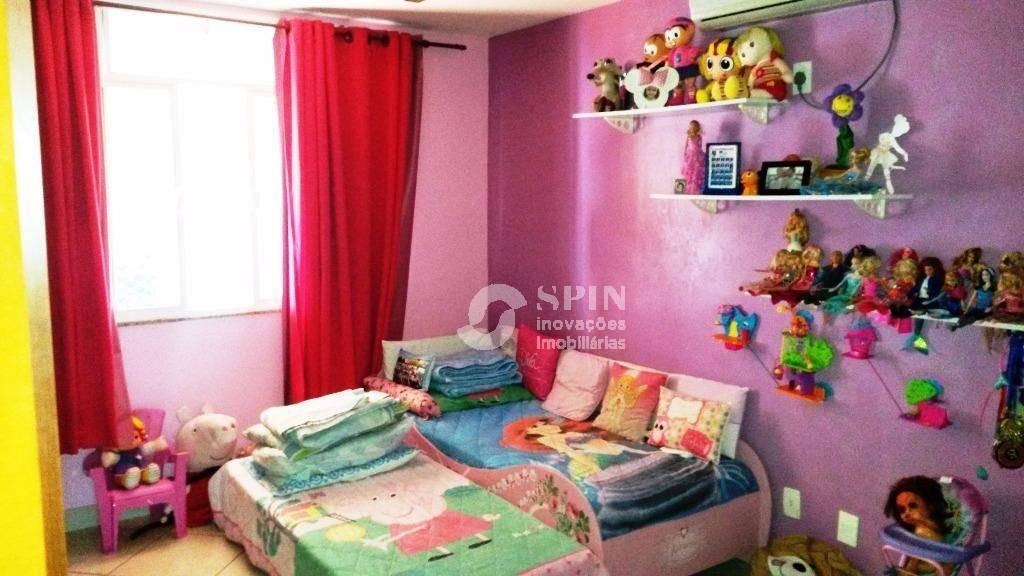 linda casa c/ acabamento de alto padrão em ótima localização - ca0048