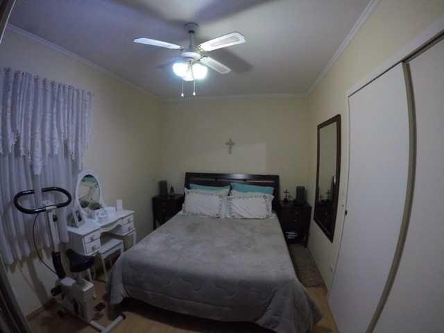linda casa com 3 dormitórios, repleta de armários. ref 79350