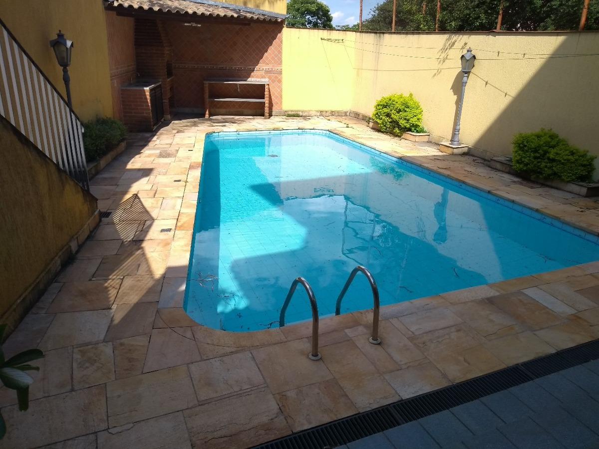 linda casa com piscina fl66