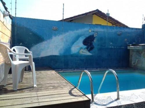 linda casa com piscina lado praia, com 2 quartos