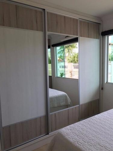 linda casa com piscina no centro de penha - excelente localização - 530d