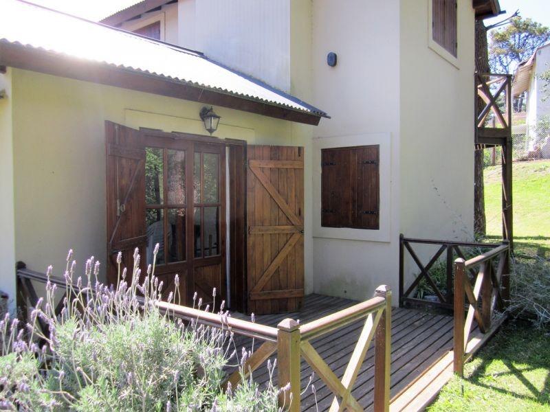linda casa con parque - zona tranquila, villa gesell