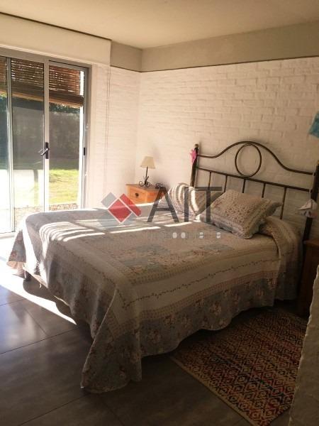linda casa de 3 dormitorios en barrio privado con excelentes servicios. -ref:6272