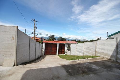 linda casa de 4 cuartos en concepción de san rafael (nhp-013
