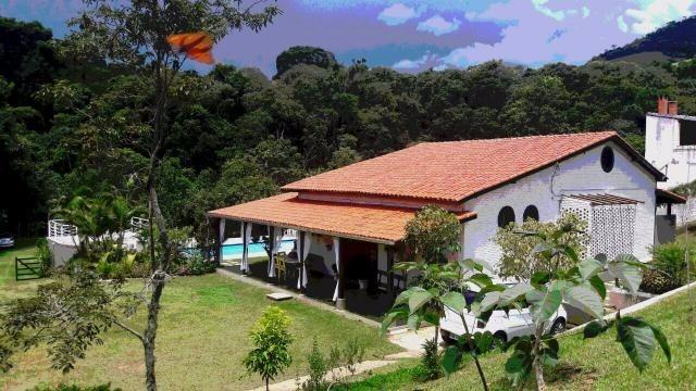linda casa de campo em condomínio joanópolis