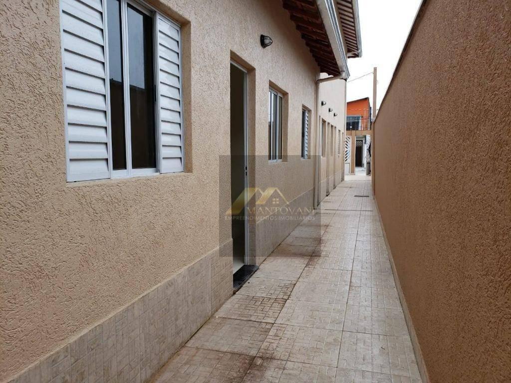 linda casa de condomínio pronta para morar com 02 dormitórios com quintal - ca0178