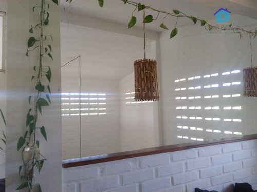 linda casa de esquina, perto da praia, ventilada e arejada naturalmente! - ca0309