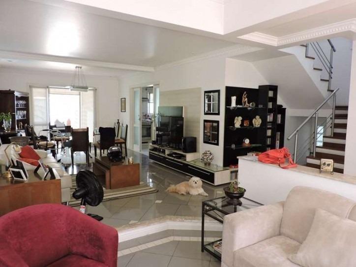 linda casa em condomínio c/4 dorms,sala e quintal. cod 79364