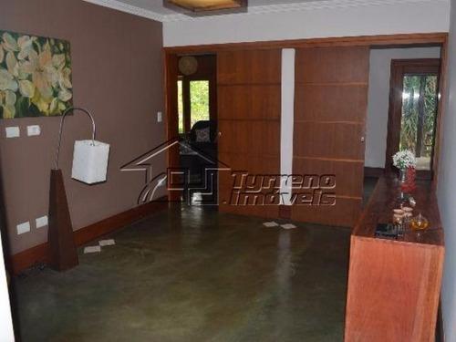 linda casa em condomínio fechado de chácaras