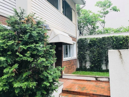 linda casa em condomínio na vila andrade. elaine/nicole79087