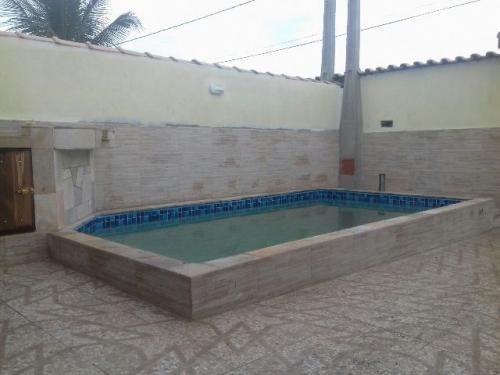 linda casa em fase de acabamento, com piscina, itanhaém-sp