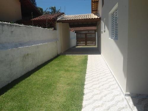 linda casa em itanhaem