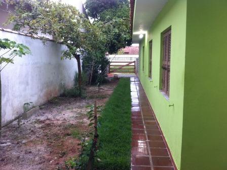 linda casa em itanhaém, jardim jamaica, bom local