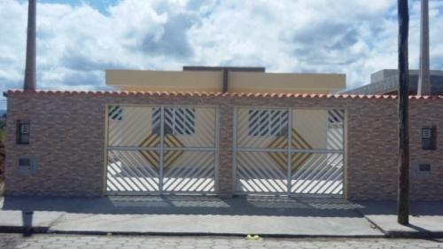 linda casa em itanhaém-sp! no bairro sion