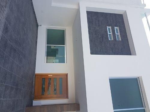 linda casa en condominio en lucepolis