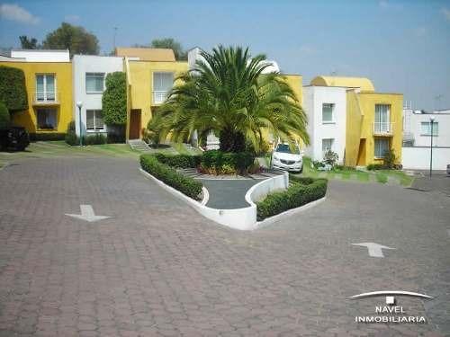 linda casa en condominio en  zona sur de la ciudad. cav-3239