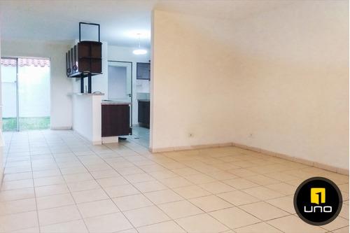 linda casa en condominio privado
