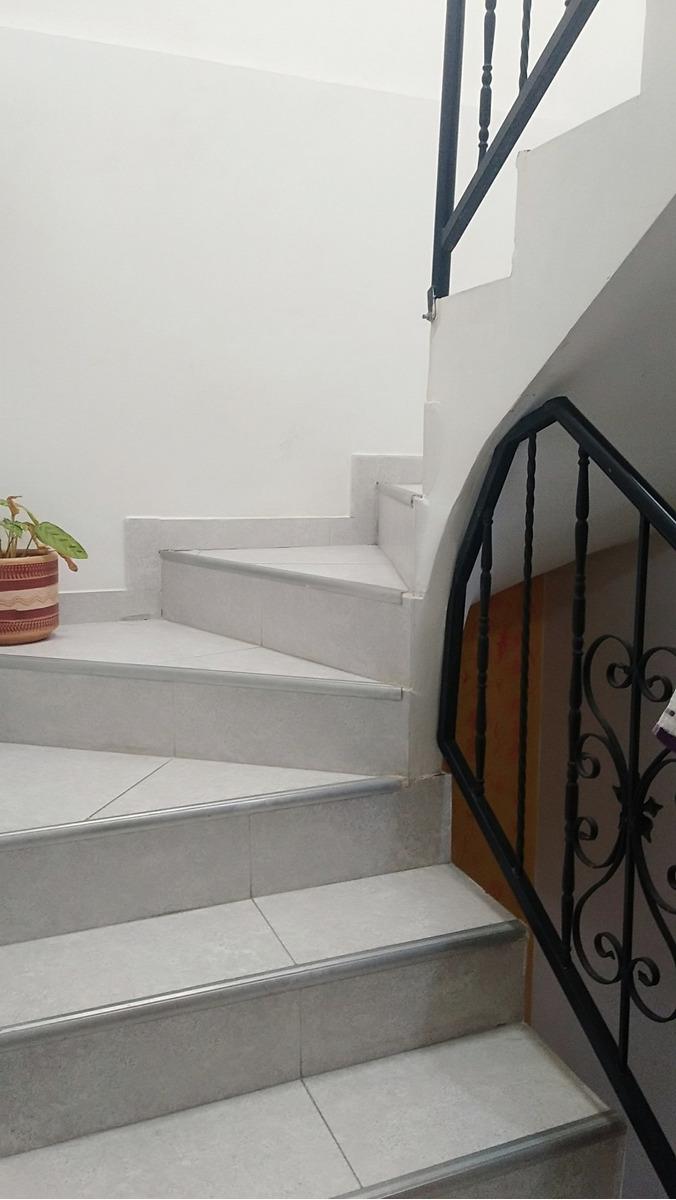linda casa en engativa en venta!