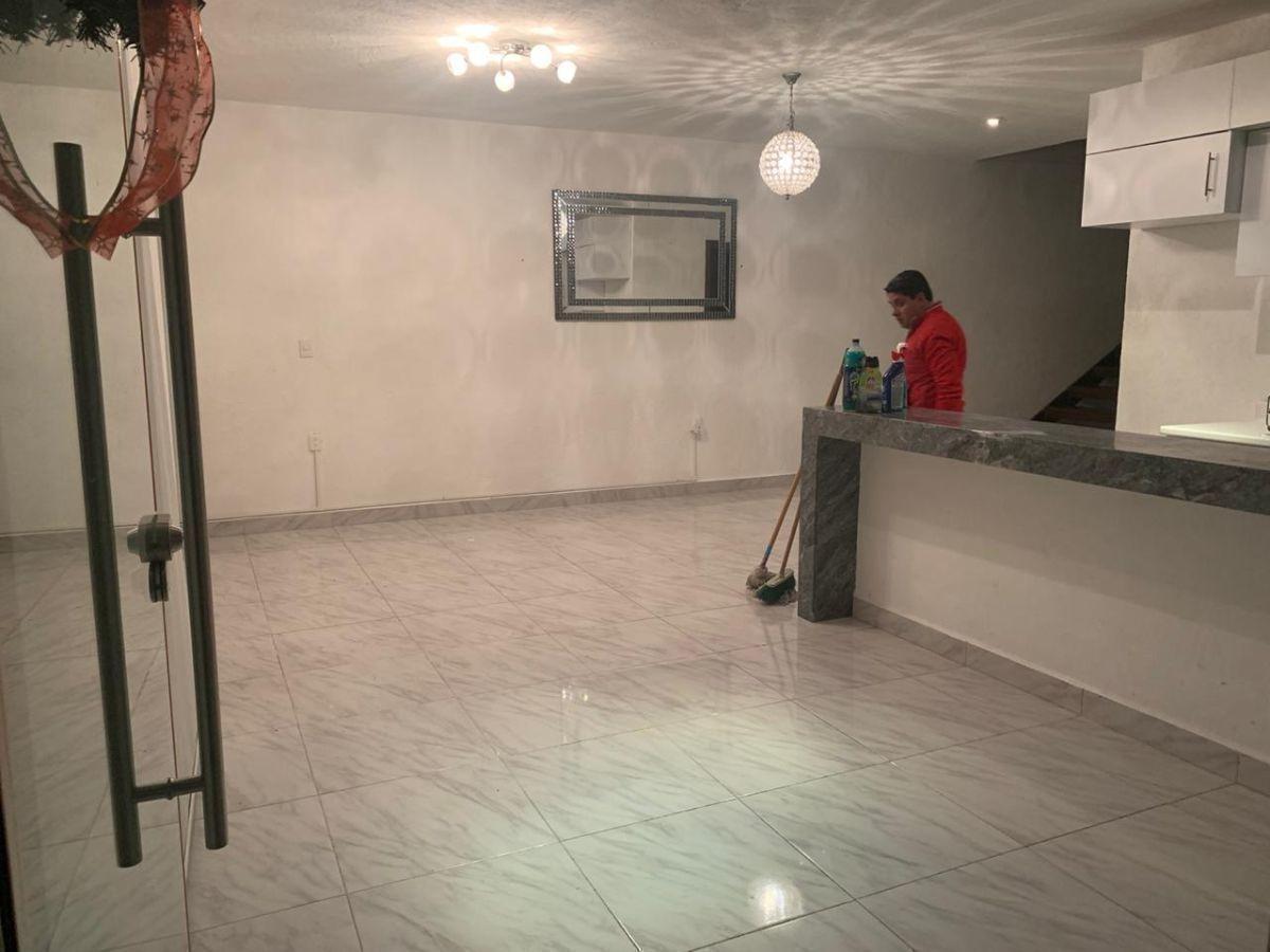 linda casa en grand juriquilla, 3 recamaras, 2.5 baños, t.194 m2, alberca