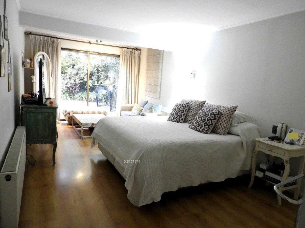 linda casa en sector san carlos de apoquindo