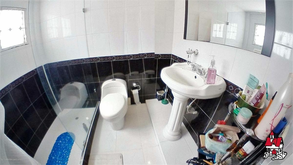linda casa en venta en cedritos mls 19-823