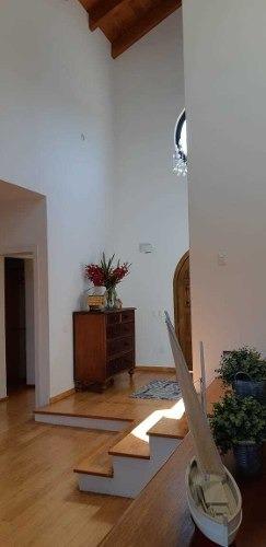 linda casa en venta en las cañadas con alberca
