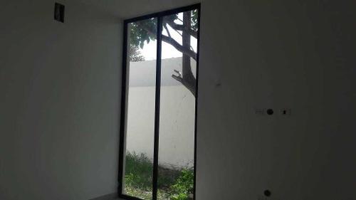 linda casa en venta ubicada en cholul!!!!