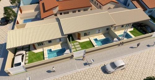 linda casa geminada com piscina, no cibratel, em itanhaém