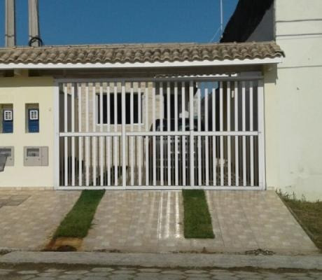linda casa geminada itanhaem -sp