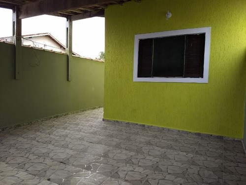 linda casa lado praia, 2 dorm, churrasq, docs ok, visite!