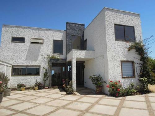 linda casa mediterránea en sector centra