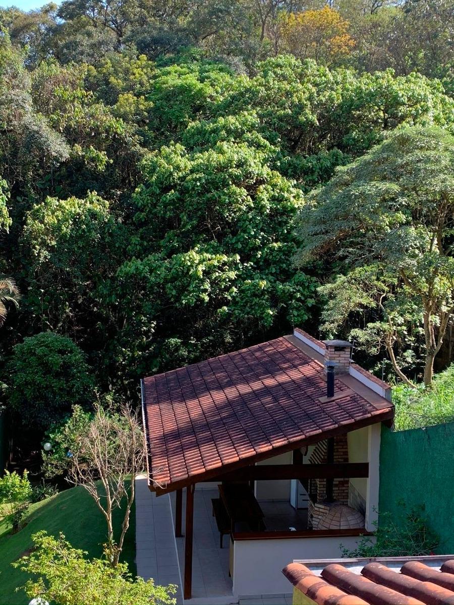 linda casa na granja viana perto da natureza e de são paulo