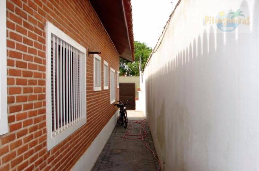 linda casa na praia da enseada, 218 m² úteis, com piscina e churrasqueira. - ca0058