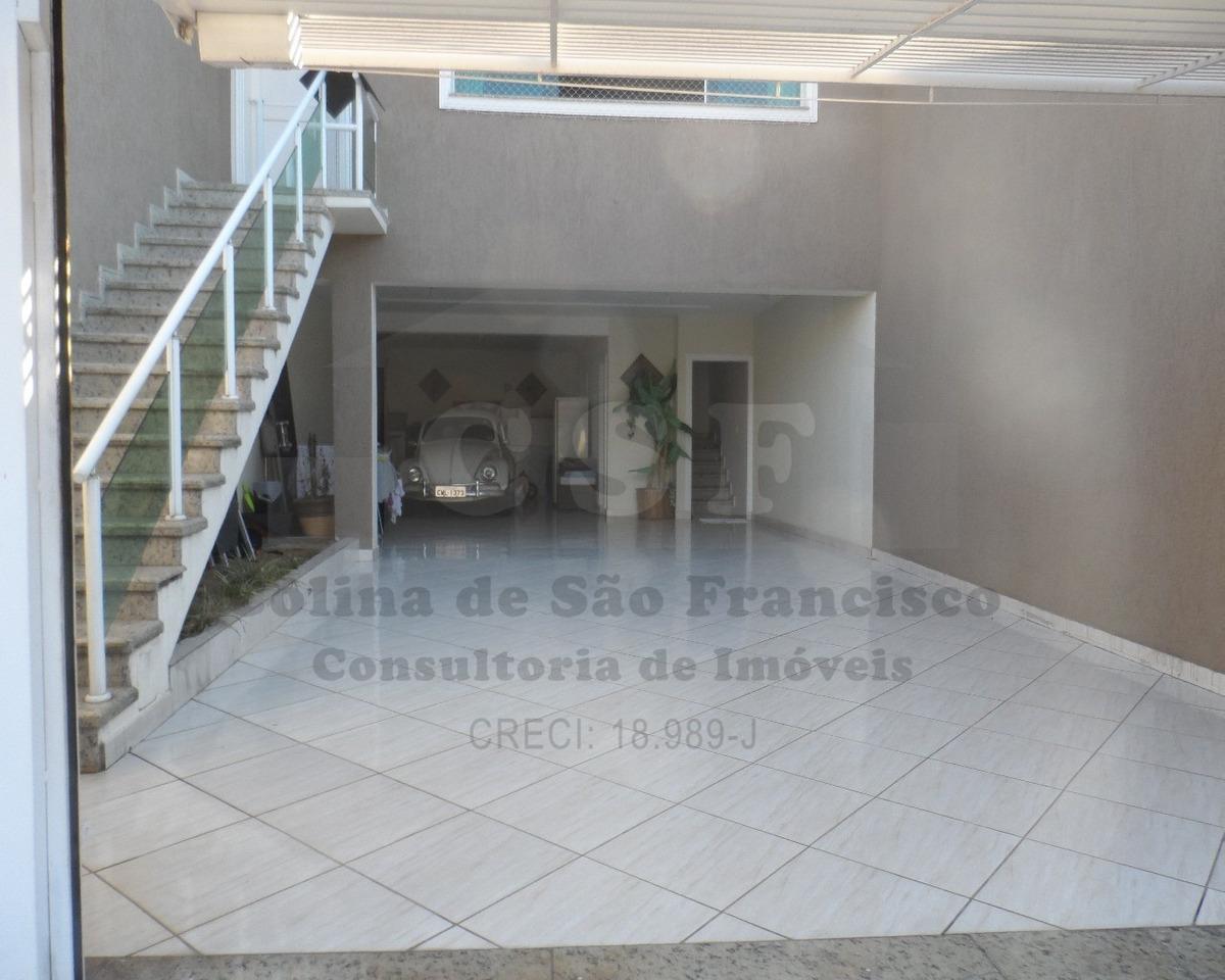 linda casa na vila são francisco, com apenas 4 anos de construção. aceita permuta por apartamento na região. sobrado com 180 m² de área útil, repleta de armários, ar-condicionado, - ca03690 - 4788032