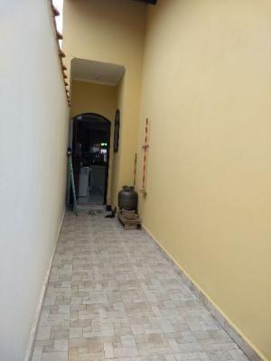 linda casa no bairro bopiranga 3047