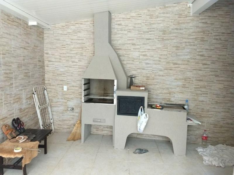 linda casa no bairro itoupavazinha, fino acabamento. estuda proposta com imóvel menor valor e carro. averbada. - 3576556v