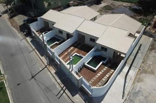 linda casa no bairro jd califórnia, em itanhaém, ref. 4241 m