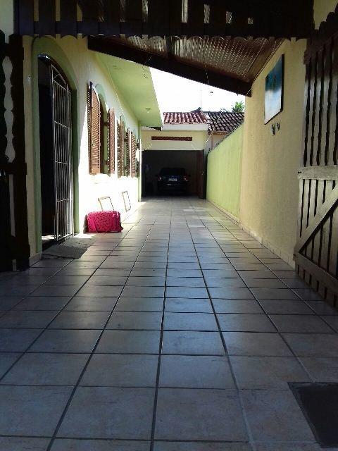 linda casa no bairro savoy, em itanhaém, litoral sul de sp