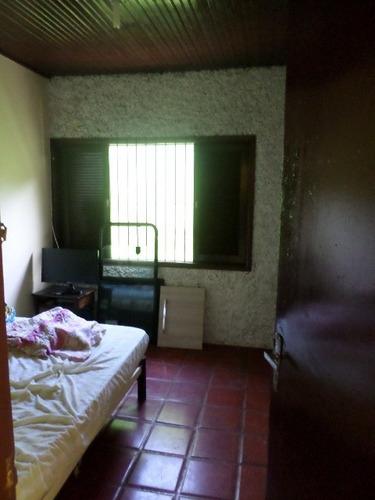 linda casa no balneário gaivota 4084