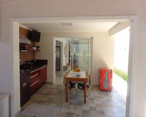 linda casa no condomínio xangrila com 3 dormitórios