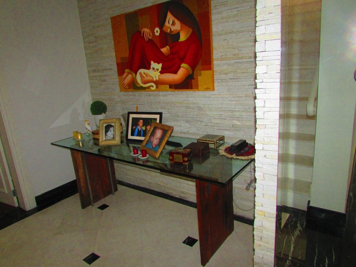 linda casa no jd guedala, 4 suites, rua com cancela