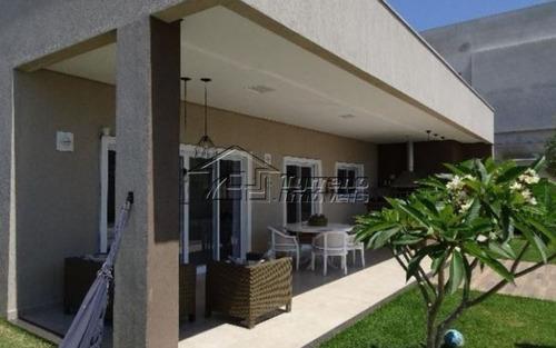 linda casa no urbanova com 5 dormitórios. terreno com 500m²