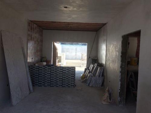 linda casa nova no balneário são jorge