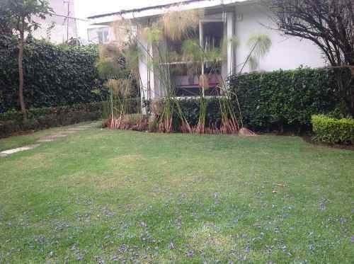 linda casa sola en venta (v)