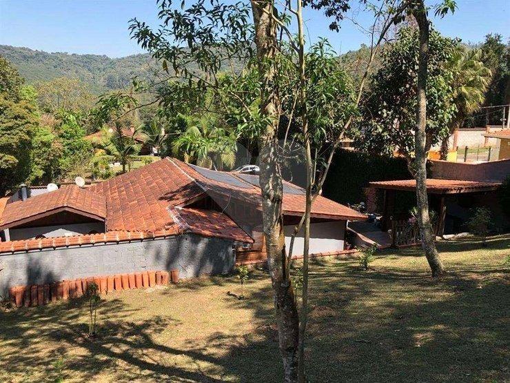 linda casa térrea em condomínio fechado na serra da cantareira. terreno 1050 metros quadrados. - 170-im354028