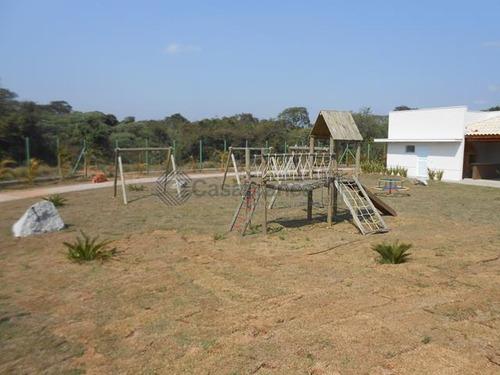 linda casa térrea no cond. terras de são francisco/cajurú do sul/02dts/01ste/ac80m2/02 vagas/port. 24hs/lazer completo - ca5697