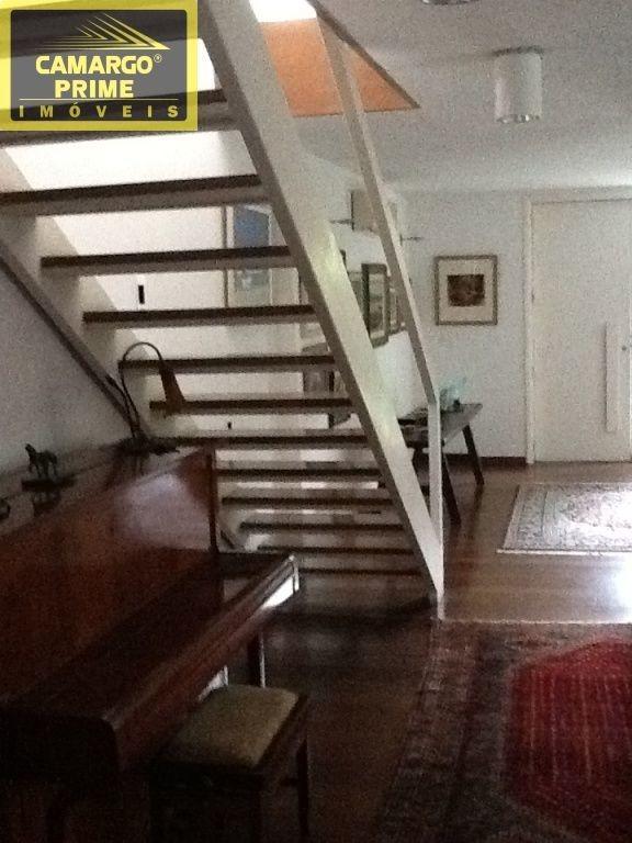 linda casa, totalmente reformada, em rua charmosa do pacaembu - eb80625