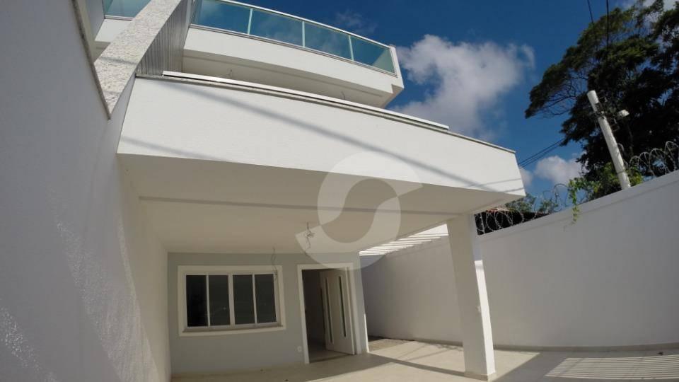 linda casa tríplex com 5 quartos na quadra da praia de piratininga. - ca0287