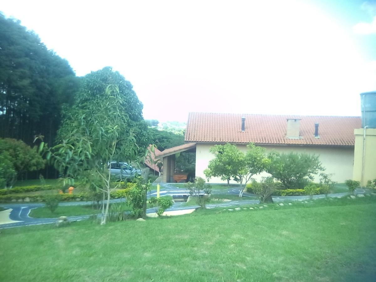 linda chácara 5.000 m2 - mairinque