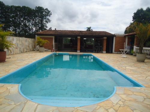 linda chácara 5.000 mts sede, piscina, lago, a/c sitio troca